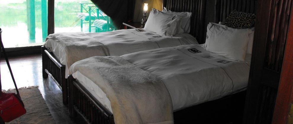 Twin bedroom at Machampane Camp