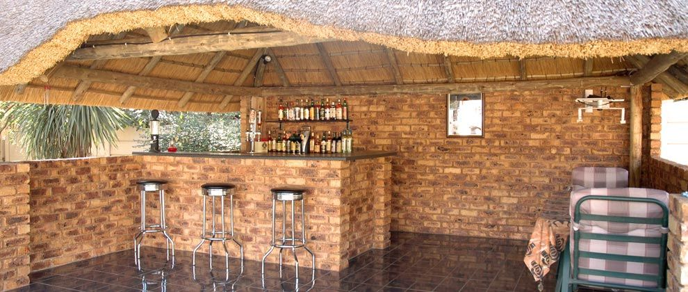 Bar at Linga Longa guest house