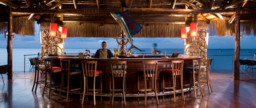 Bar at Indigo Bay resort