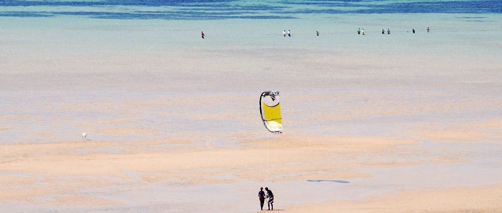 Kitesurfing lesson on Bazaruto Island