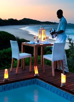 Romatic dining at White Pearl Resort