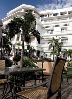 Hotel Cardoso exterior