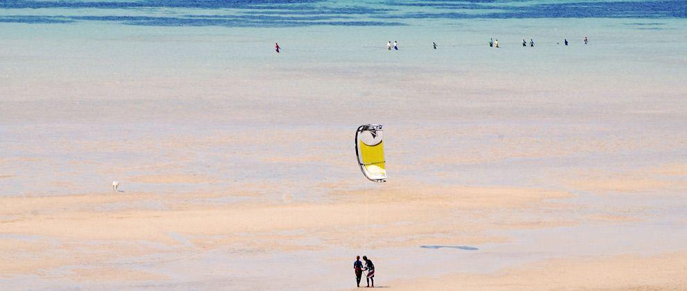 Kitesurfing lesson on Bazaruto Island